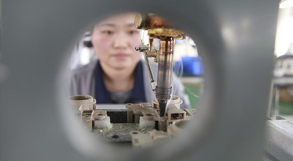 河北秦皇岛:国产汽车芯片走出国门