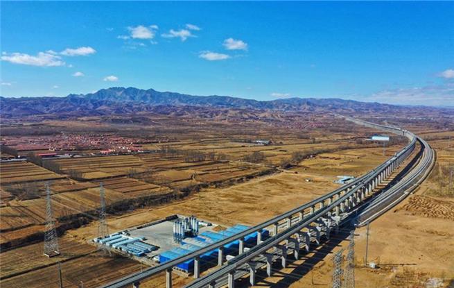 北京冬奥会配套工程大张高铁线下工程完工