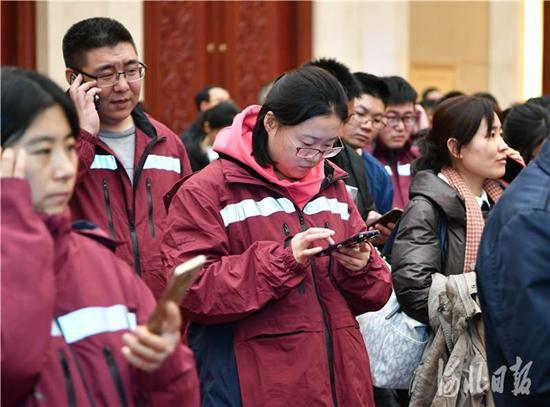 150人,河北第一批赴鄂抗疫医疗队今晚出征