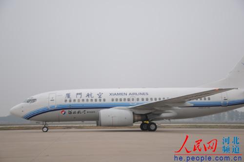 图为河北航空公司湿租厦航的飞机.张红强摄